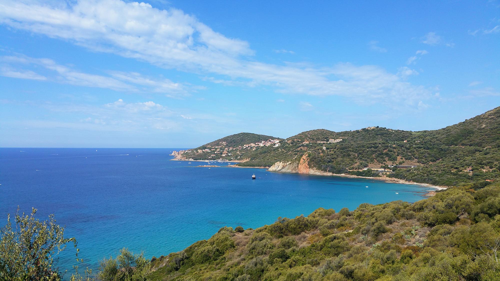 5 endroits incontournables en Corse - calanques de Piana